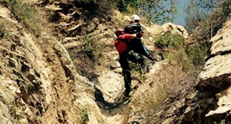 Altadena Search & Rescue Team Rescues Two Hikers in Coyote Canyon Wednesday
