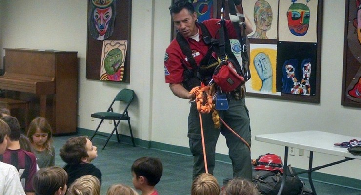 Altadena Mountain Rescue Visits Waverly Elementary School