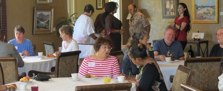 "Altadena Chamber of Commerce Serves Up a ""Power Breakfast"""