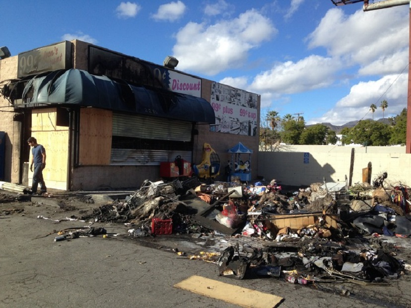 Altadena Store Gutted by Fire