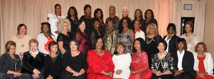 Pasadena-Altadena Links Inc. Holiday Affair Raises $20,000 for Scholarships