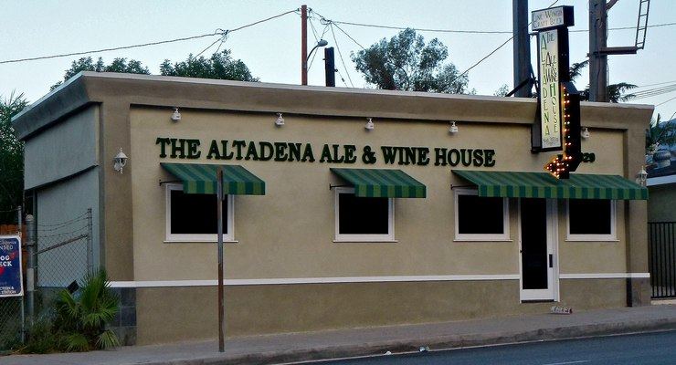 Pasadena Jaycees and Altadena Ale House Team Up to Provide Meal Kits to Out-of-Work Restaurant Workers